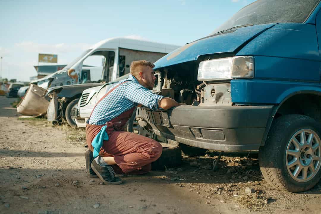 קונה רכבים לפירוק בכפר סבא